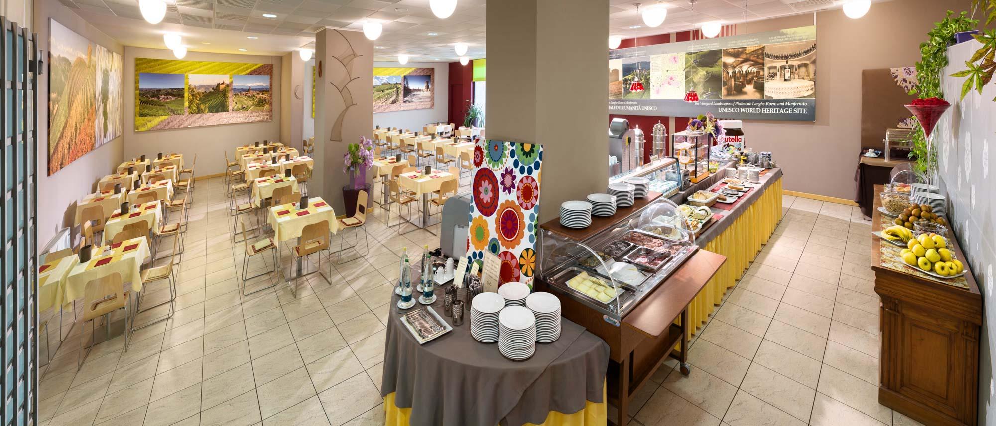 Albergo Sapori Sala Colazioni Albergo Ristorante Ad Alba Cn Hotel I Castelli